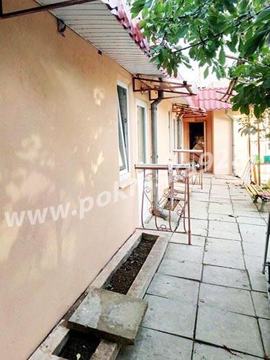 Покраска стен фасада дачного дома в Севастополе